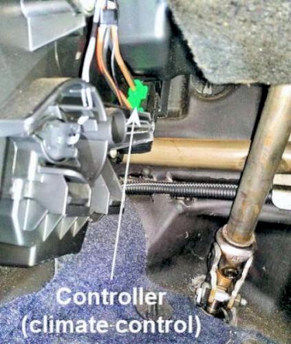 Peugeot 1007; Heater Fan Control on peugeot 508 wiring diagram, peugeot 307 fuse diagram, peugeot 505 wiring diagram, peugeot 307 owner's manual,