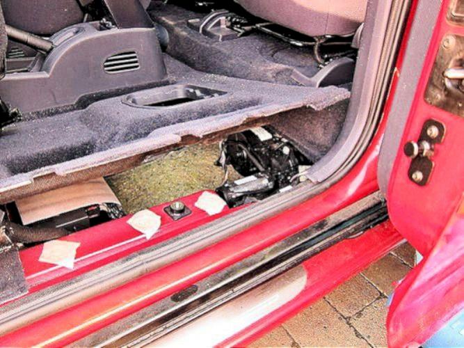 Peugeot 1007 Sliding Door Motors  U0026 Cables
